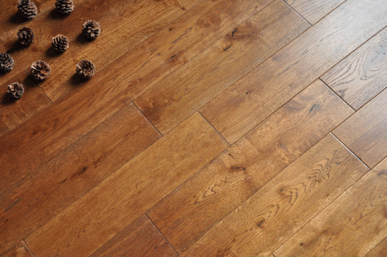 Solid Oak 18 x 125mm Character Grade (smoked oil) brushed london